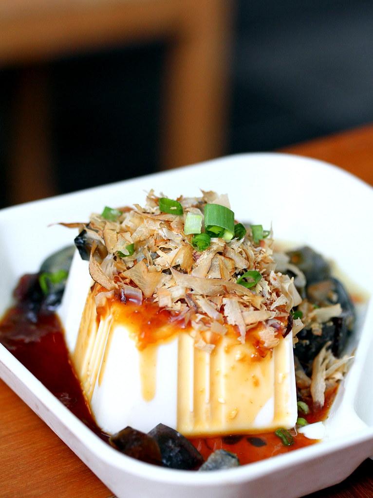 Lee's Taiwanese: Century Egg Tofu