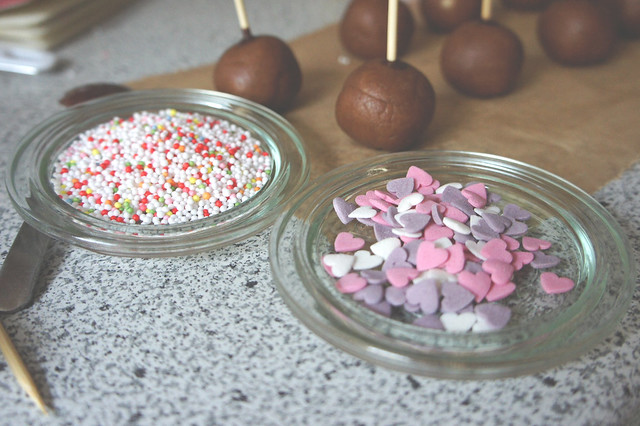 10 tips on making cake pops