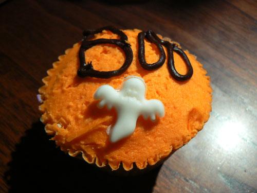 Boo cupcake.jpg