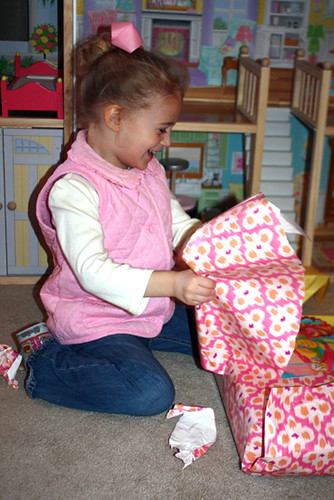 Gifts_Autties-first-gift