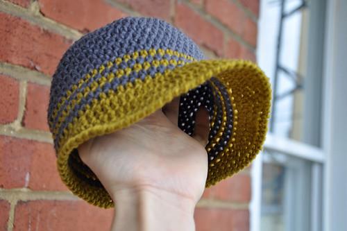un toon au canada casquette au crochet pour b b 6 mois 1 an. Black Bedroom Furniture Sets. Home Design Ideas
