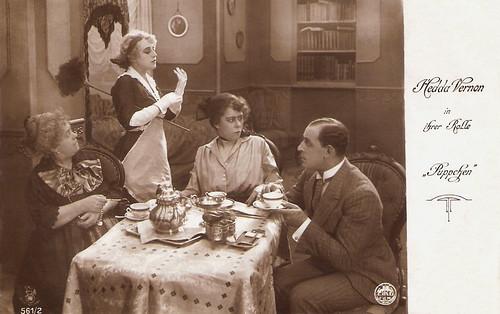 Hedda Vernon in Puppchen (1918)