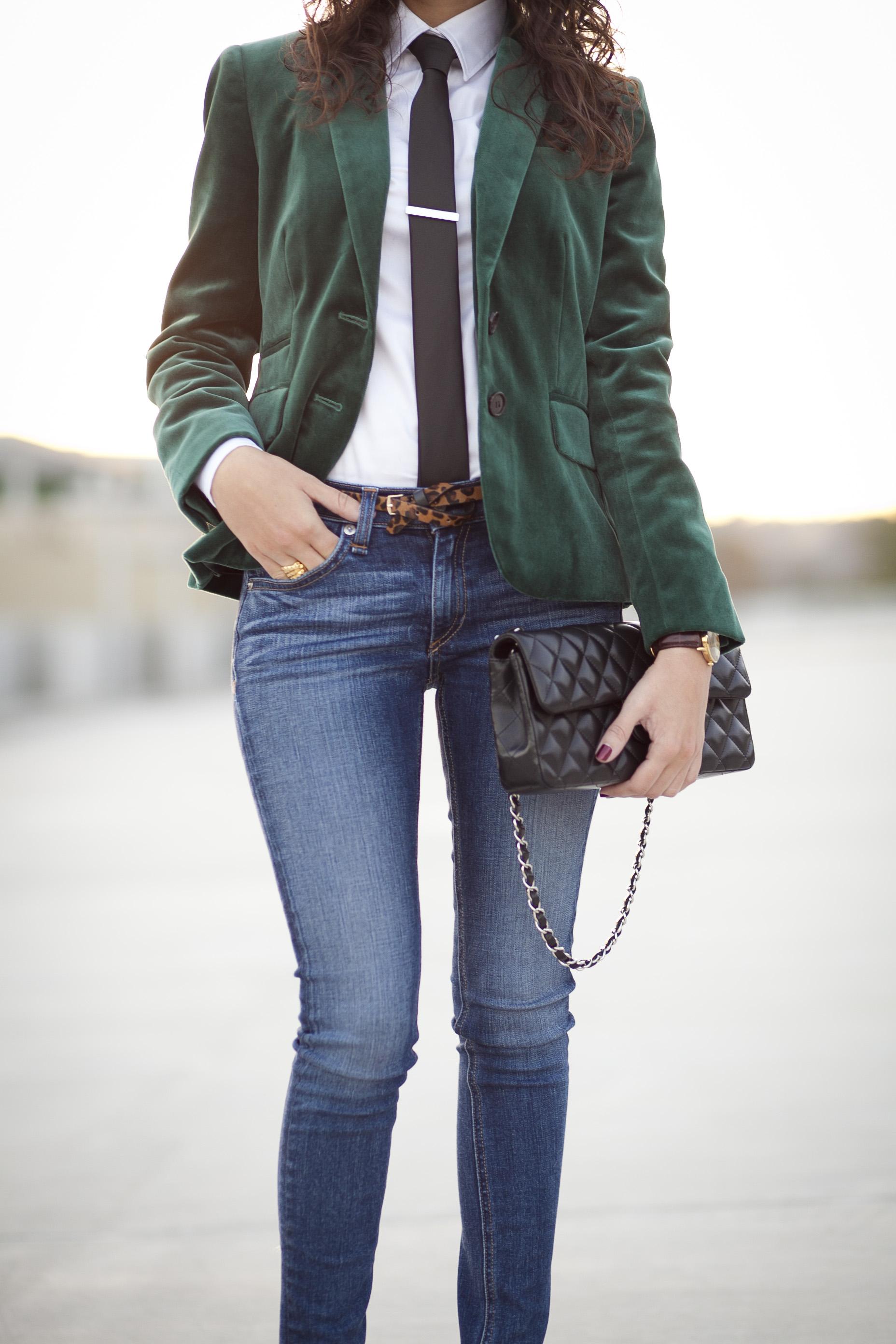 green-velvet-4