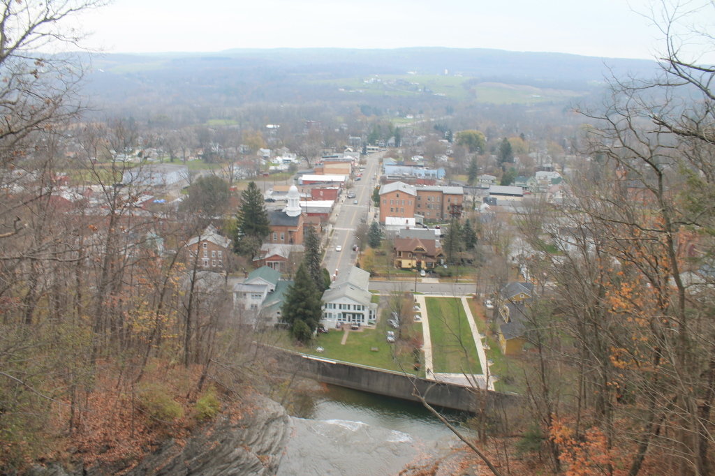 montour falls dating (the nearby village of millport, to current times, is also named for george mills) 1802 is the earliest date commonly used to mark the beginning of the montour falls community — it is the year george mills was appointed postmaster.