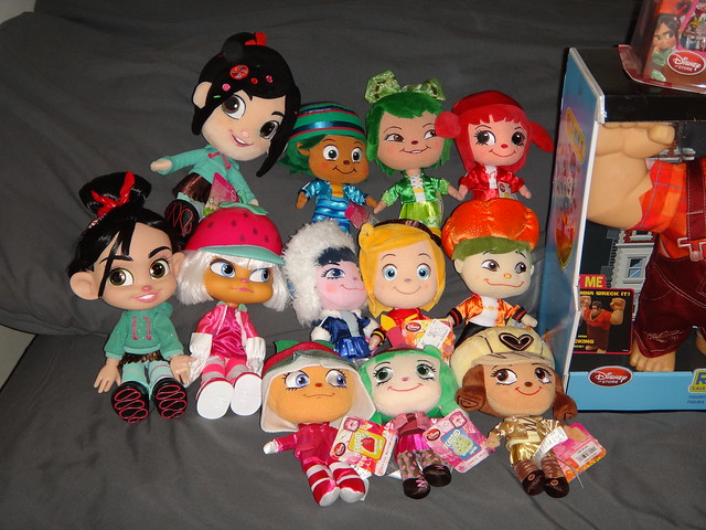 Collection - November 26, 2012 - Talking and Plush Sugar Rush Dolls