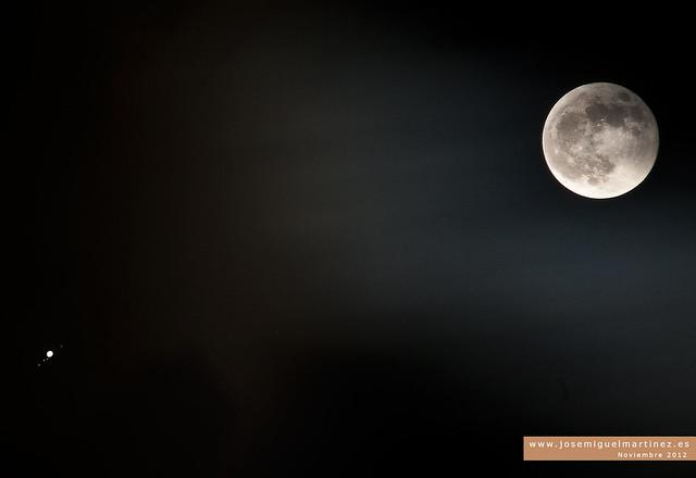 Il biglietto Terra-Luna costa 110 milioni di euro