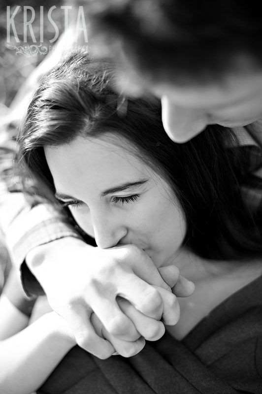 apple orchard engagement session