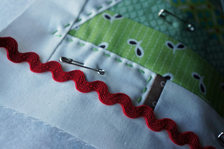 Christmas-tablerunner-sneakypeak1