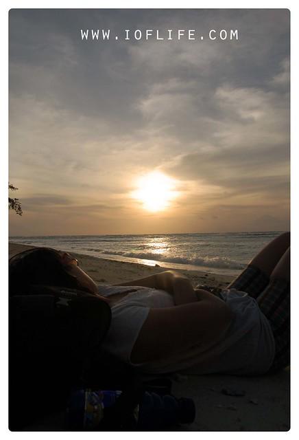 menimati sunset 1