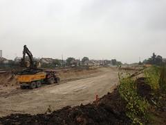 octobre 2012 - début des terrassements de la plateforme Sud