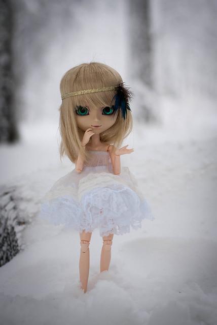 Les murmures des anonymes - Murmures dans la neige [MM - DM - Grell] - Page 2 8247853486_ce929e4314_z