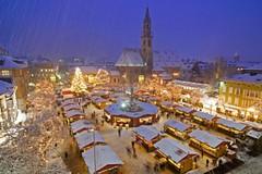 Vánoční trhy mezi vrcholky italských Dolomit
