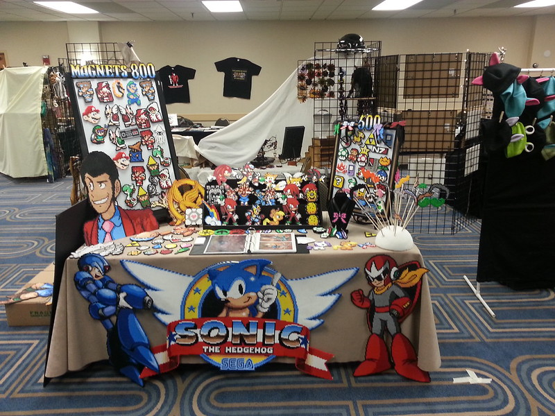 Holiday Geek Expo