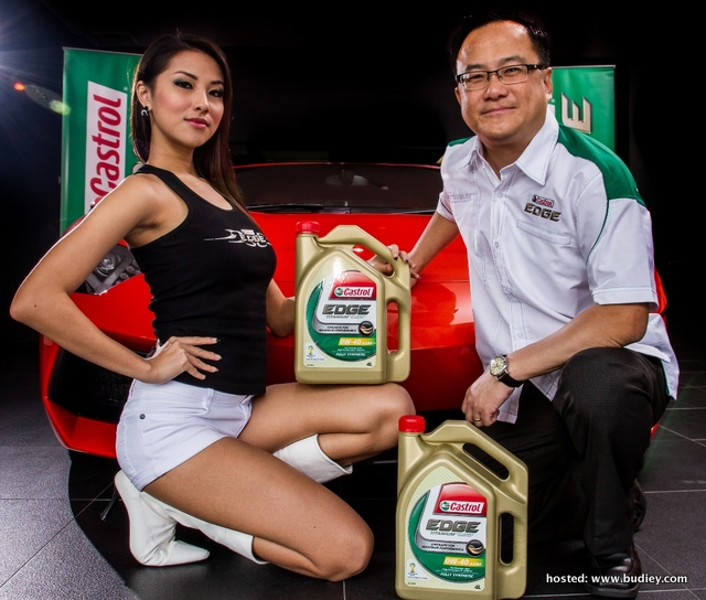Castrol EDGE provides drivers the confidence needed to drive a Lamborghini up to 322 Kph.
