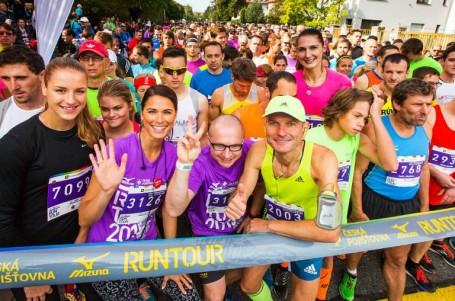RunTour v Praze chystá charitativní rekord, dorazí tisíce běžců