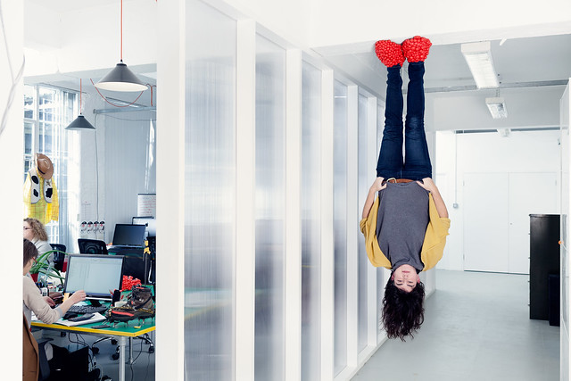 Jane Ní Dhulchaointigh upside down