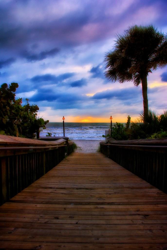 Hsm Sunset Beach Hotel