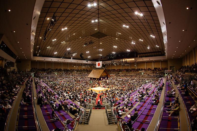 Championnat de sumo à Fukuoka