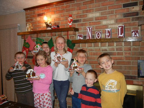 Dec 20, 2012 Gingerbread houses (2)