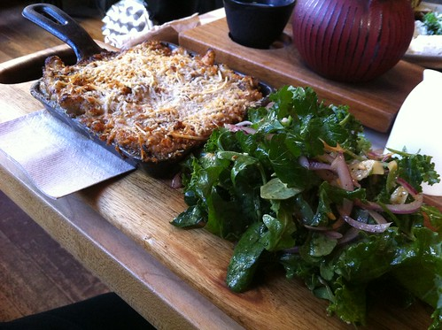 Truffle mac and cheese with green salad
