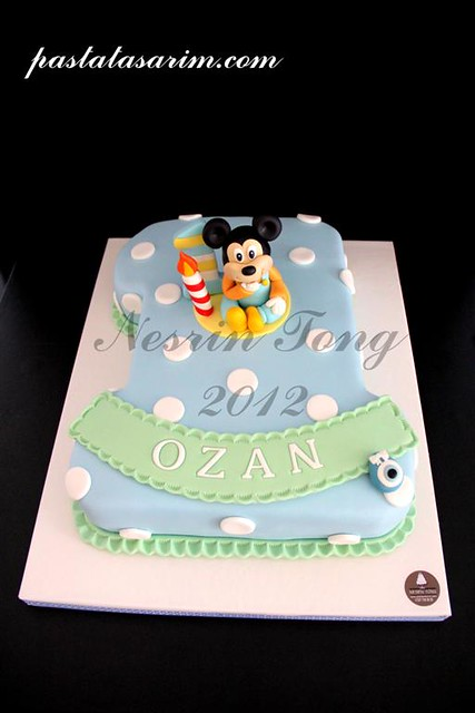 baby mickey mouse cake - ozan 1st birthday (Medium)