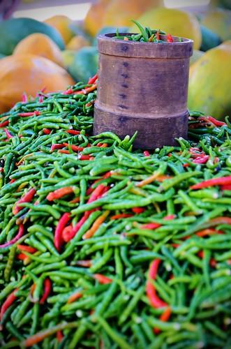 ocean red green pepper island nikon piment market indian ile nikkor indien 1685 f3556 marché d7000 réunion