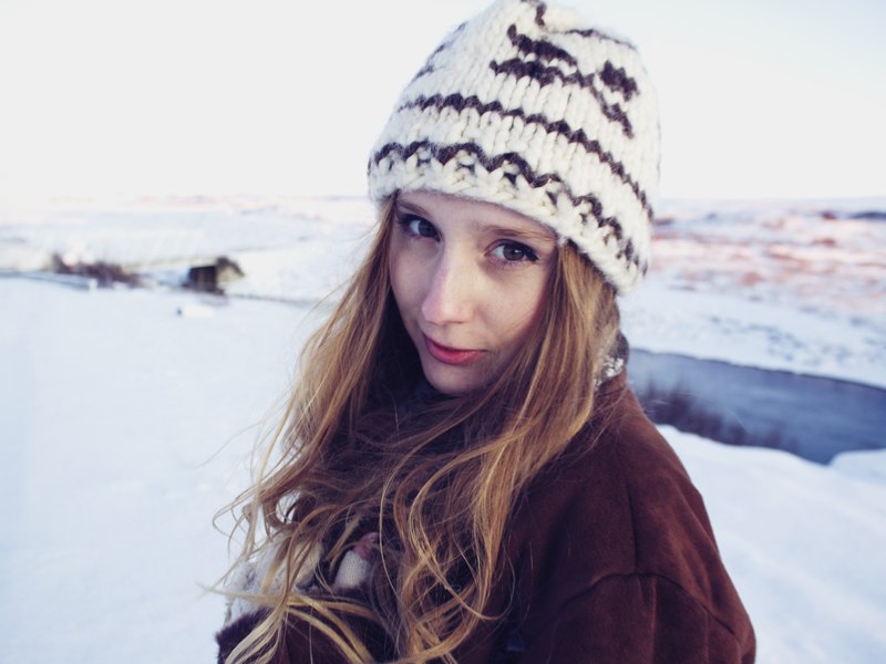 vintage coat, woolly hat, snow Iceland
