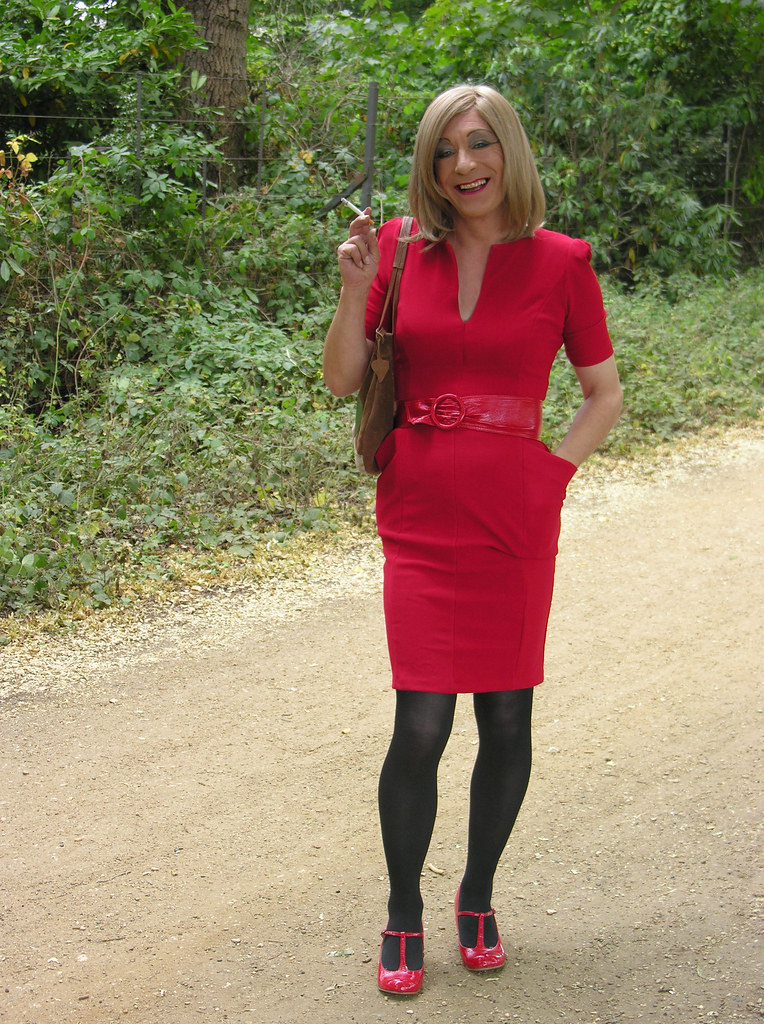Blonde mature tranny