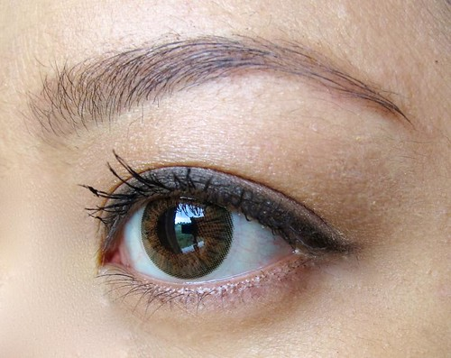 Tutorial: How to make bottom lashes look naturally thicker ...