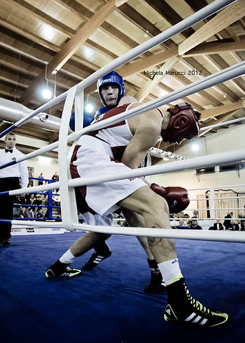 Boxe! #3 by Michela Marucci