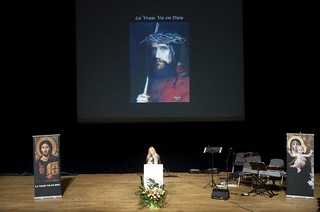 Vassula Ryden Delivers Witness Talk in Strasbourg, France, 2012