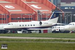 N776JB - 4042 - Private - Gulfstream Aerospace G-IV-X Gulfstream G450 - Luton - 120518 - Steven Gray - IMG_1699