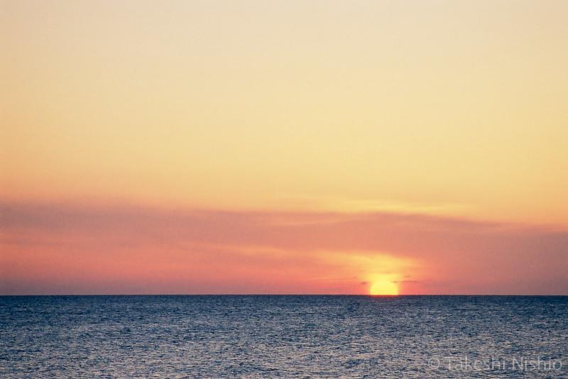 朝日じゃないよ、夕日だよ。 / Not sunrise but sunset