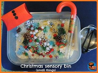 Christmas Sensory Bin (Photo from Glittering Muffins)