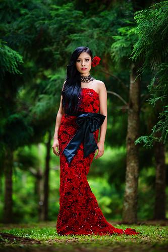 [フリー画像素材] 人物, 女性 - アジア, ワンピース・ドレス, 人物 - 森林, マレーシア人 ID:201212280800