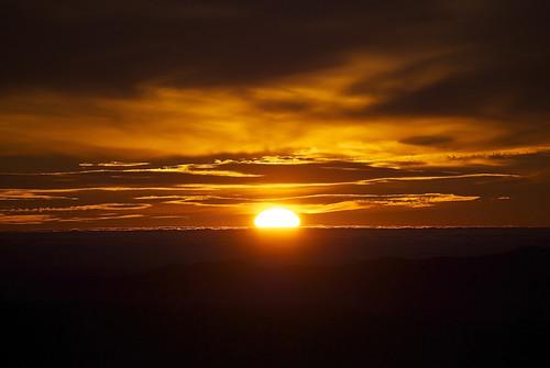 sun sol sunrise montserrat catalunya solixent parcnaturaldelamuntanyademontserrat serraladaprelitoralcatalana