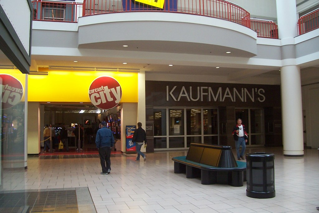 Circuit City Kaufmanns Furniture Gallery