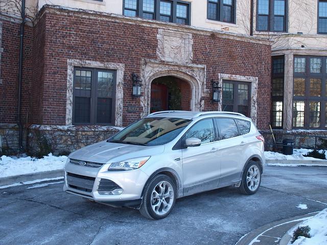 2013 Ford Escape Titanium 4WD 16