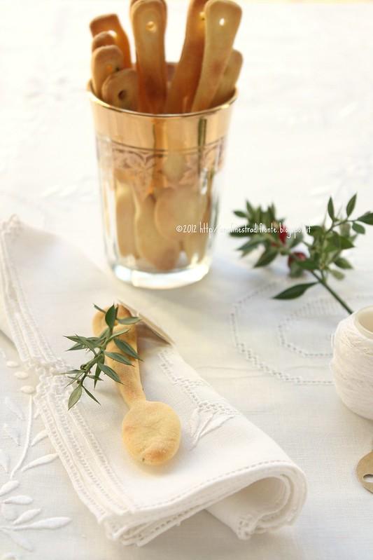 Cucchiaini segnaposto (crackers) al rosmarino