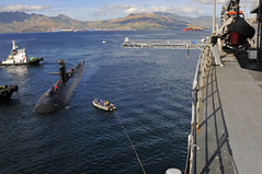 USS Bremerton (SSN 698) prepares to moor alongside submarine tender USS Emory S. Land (AS 39) in Subic Bay, Philippines, Dec. 29. (U.S. Navy photo by Mass Communication Specialist 2nd Class Jared Aldape)