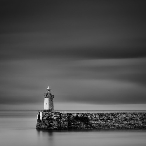 longexposure bw lighthouse seascape landscape blackwhite noiretblanc harbour sigma 1770 guernsey squarecrop manfrotto sigma1770 10stopnd bwnd110 d7000 lightroom4 silverefexpro2