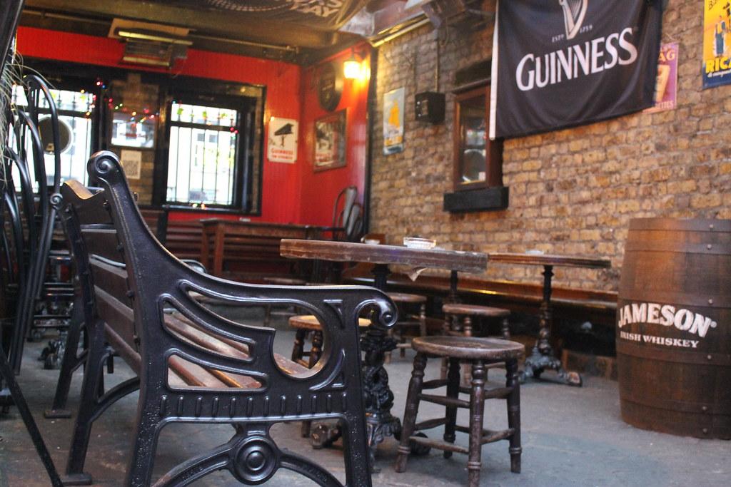 8398689667 4fda60ce0f b El pub más antiguo de Irlanda