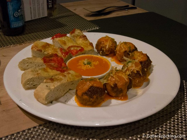 Appetizers: meatballs and cheese bread