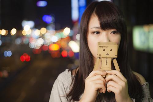 [フリー画像素材] 人物, 女性 - アジア, 玩具・おもちゃ, 人形・ドール, よつばと!, ダンボー ID:201302100800