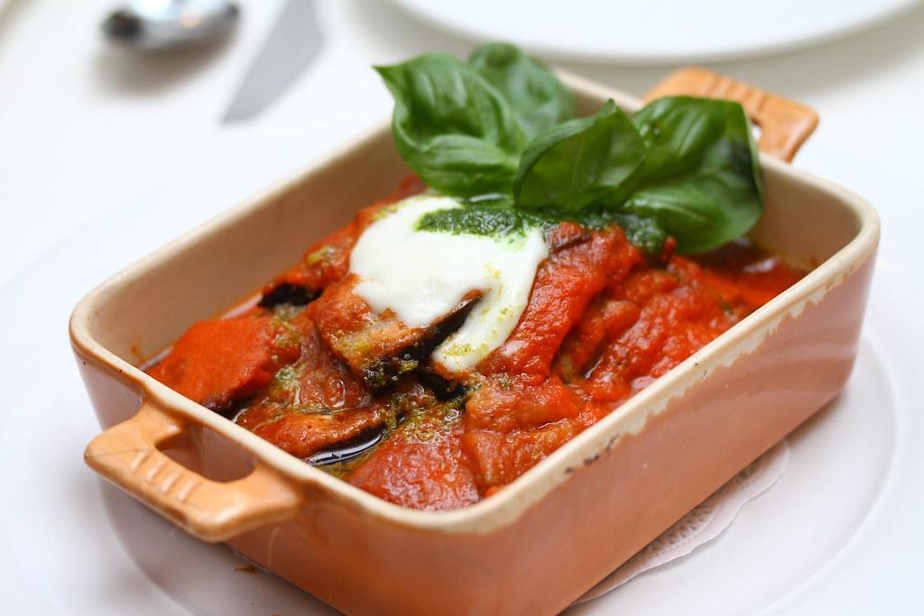 Etna Italian Restaurant & Pizzeria: Baked eggplant