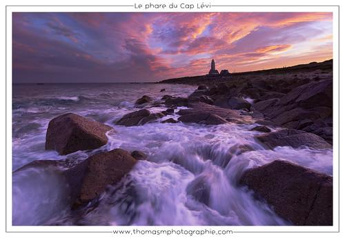 phare fermanville sunrise