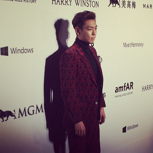 TOP - amfAR Charity Event - Red Carpet - 14mar2015 - shermingyiu - 01