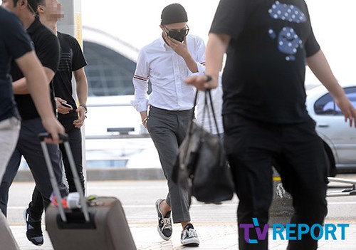 BIGBANG Incheon Airport to Shanghai Press 2015-06-19 072