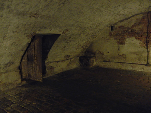 DSCN4127 _ Dungeon of Castello Estense, Ferrara, 17 October