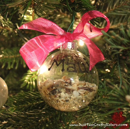 how to make a memory Christmas ornament